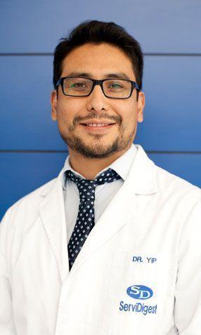 Dr. Luis Yip Baldeón